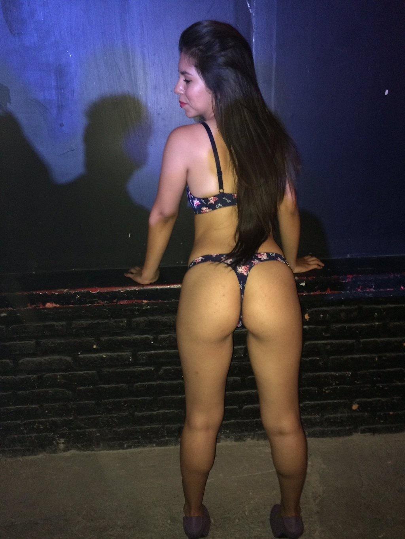 Fotos chicas en tanga