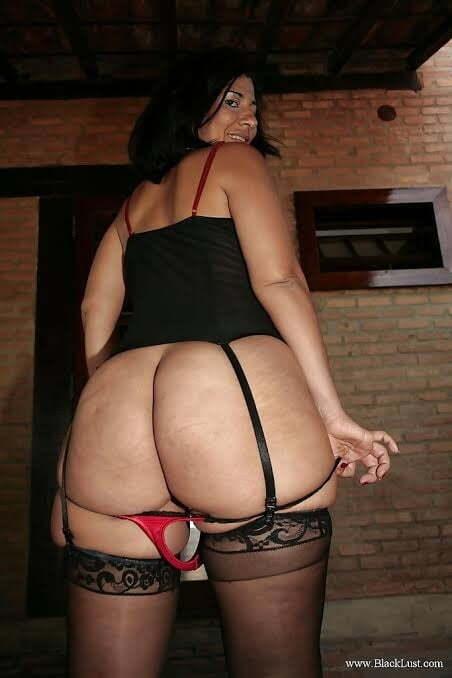Mujeres latinas con el culo grande. fotos de culos grandes