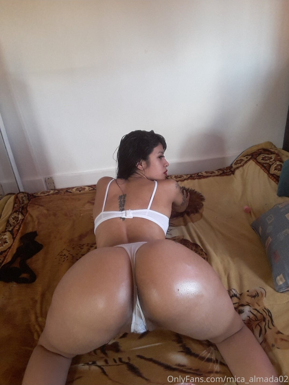 fotos mejores culos onlyfans, Mica Almada onlyfans, famosas, culonas