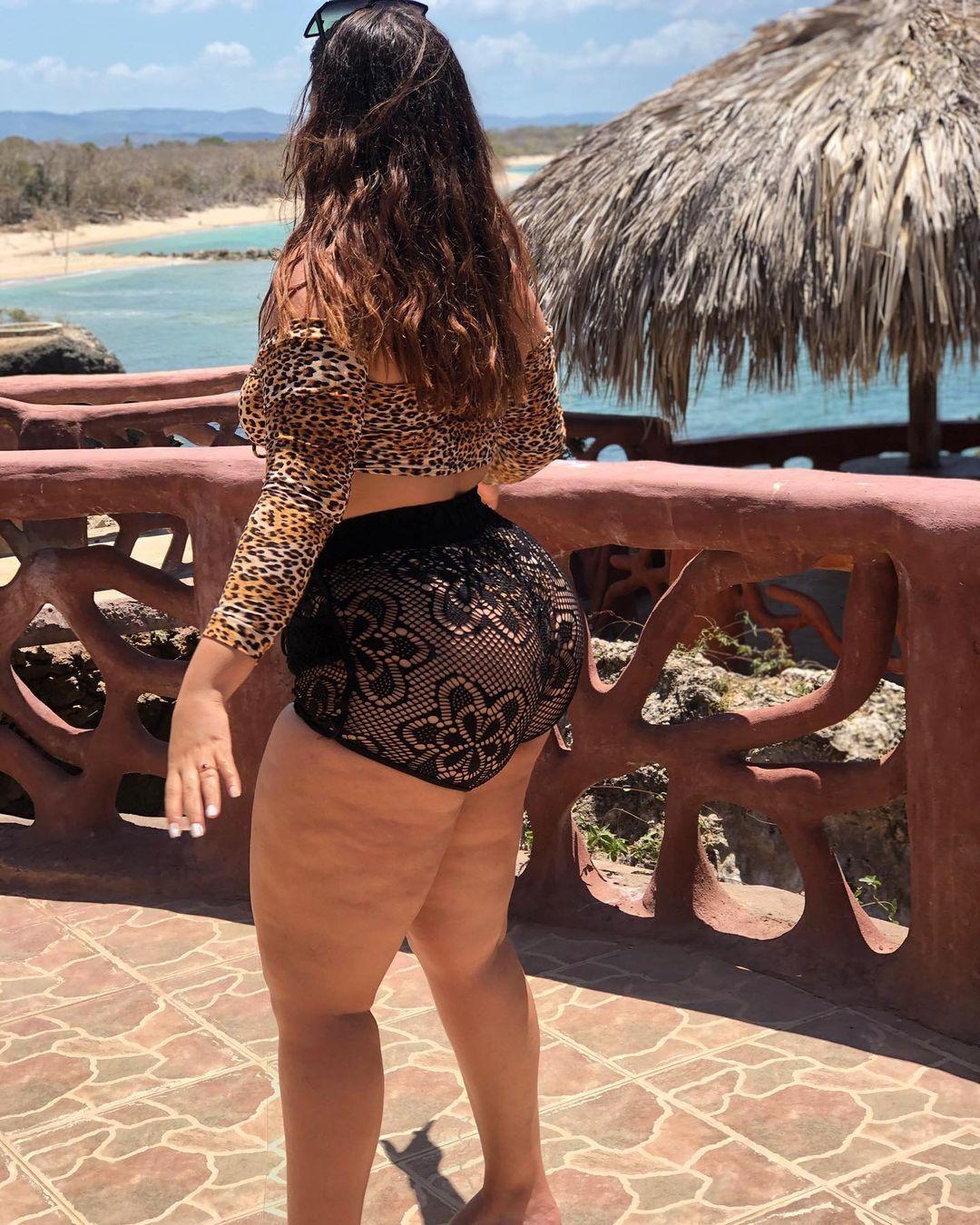 Laura tejada Madurita culona onlyfans, fotos maduras onlyfans gratis