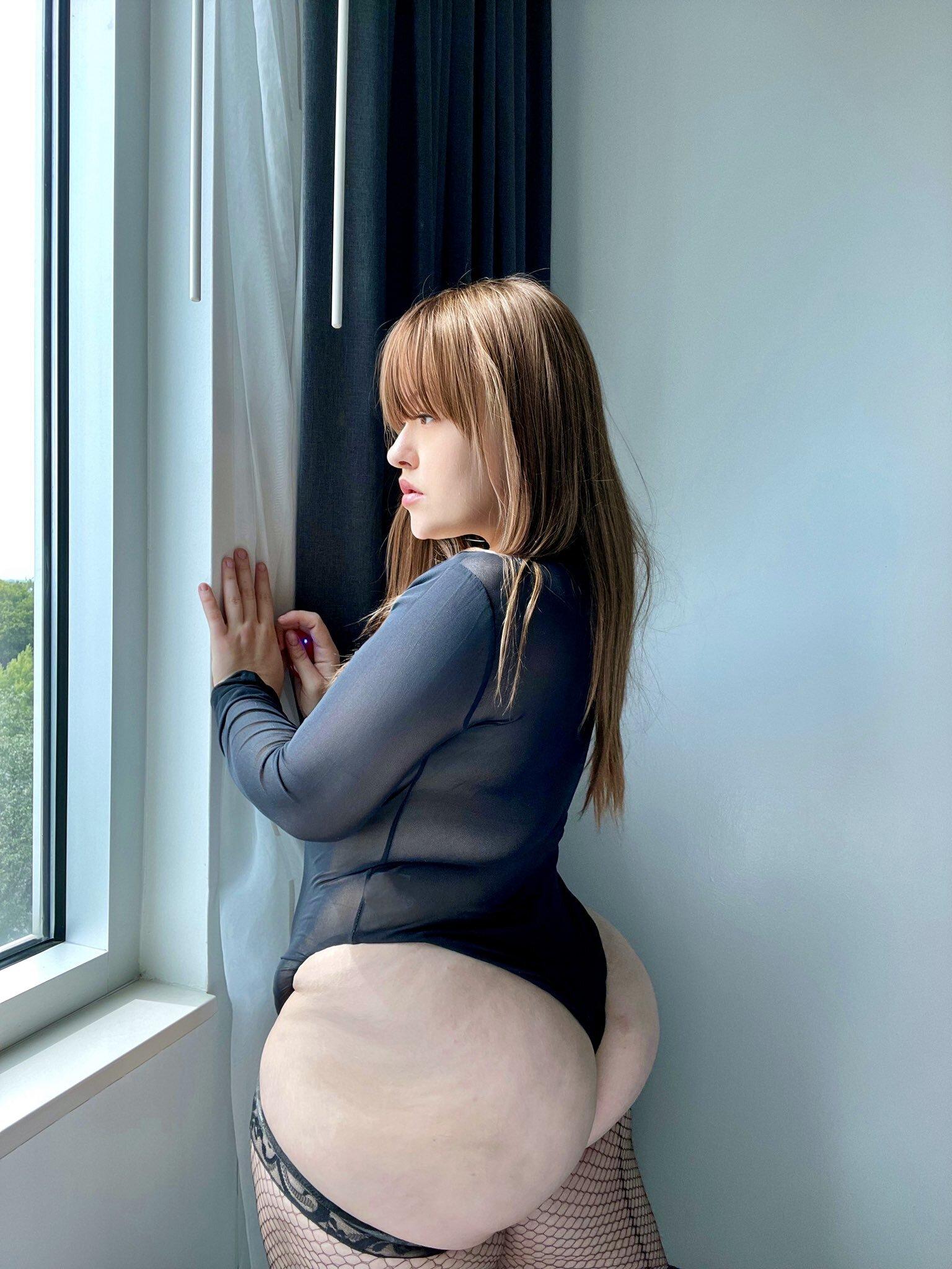 culos gordos, fotos de culos grandes, mujeres gorditas enseñando el culo