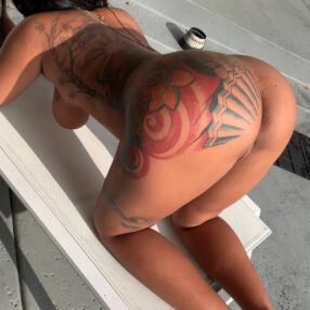 Mikayla Saravia, culona de Instagram y onlyfans